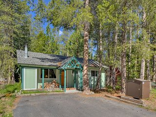Nice Cabin with Deck and Internet Access - Tahoma vacation rentals