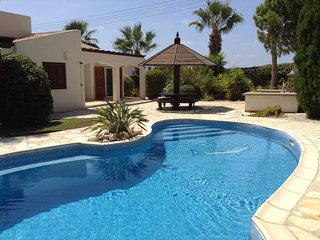 3 bdr bungalow Ellison in Coral Bay - Paphos vacation rentals