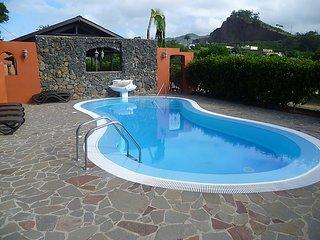 5 bedroom Villa in Tacoronte, Tenerife, Canary Islands : ref 2242098 - Guamasa vacation rentals
