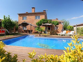 4 bedroom Villa in Tordera, Costa Brava, Spain : ref 2242383 - Fogars de la Selva vacation rentals