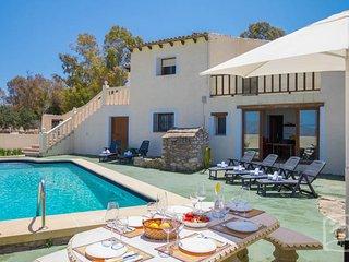 6 bedroom Villa in Benissa, Costa Blanca, Spain : ref 2246624 - La Llobella vacation rentals