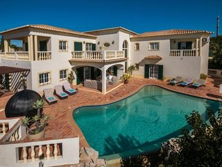 6 bedroom Villa in Lagos, Algarve, Portugal : ref 2249220 - Espiche vacation rentals
