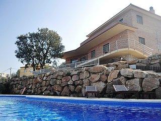 4 bedroom Villa in Tordera, Costa Brava, Spain : ref 2250388 - Macanet de la Selva vacation rentals