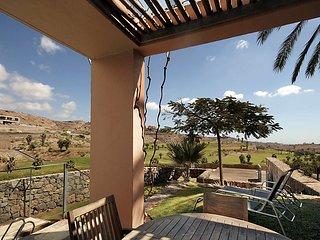 2 bedroom Villa in Maspalomas, Gran Canaria, Canary Islands : ref 2252992 - Patalavaca vacation rentals