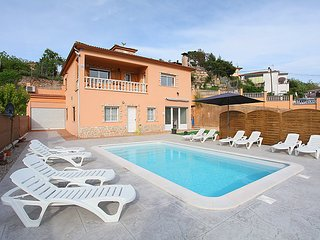 7 bedroom Villa in Lloret de Mar, Costa Brava, Spain : ref 2253104 - Mont Barbat vacation rentals