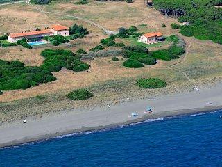 2 bedroom Villa in Maremma, Near Capalbio Scalo, Tuscany, Italy : ref 2259060 - Pescia Romana vacation rentals