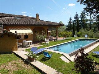 5 bedroom Villa in Arezzo, Tuscany, Italy : ref 2266039 - Arezzo vacation rentals