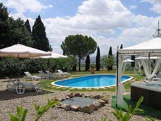 5 bedroom Villa in Cortona, Tuscany, Italy : ref 2266098 - Cignano vacation rentals