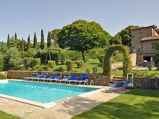 4 bedroom Villa in Cortona, Tuscany, Italy : ref 2266112 - Pergo di Cortona vacation rentals