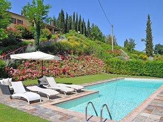 3 bedroom Villa in San Gimignano, Tuscany, Italy : ref 2266276 - Montecchio vacation rentals