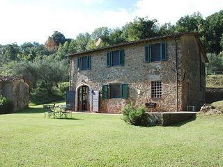 3 bedroom Villa in Capannori, Tuscany, Italy : ref 2268300 - Capannori vacation rentals