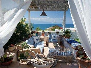 3 bedroom Villa in Catania, Sicily, Italy : ref 2269915 - Agnone Bagni vacation rentals