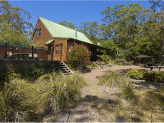 BANKSIA SPA LODGE - Vacy vacation rentals