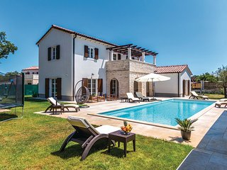 4 bedroom Villa in Vodnjan-Sv.Kirin, Vodnjan, Croatia : ref 2277180 - Jursici vacation rentals