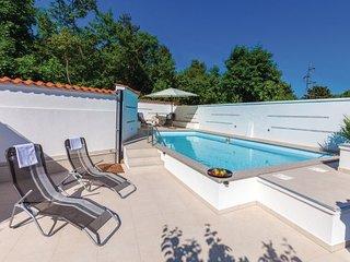 6 bedroom Villa in Crikvenica, Crikvenica, Croatia : ref 2278347 - Crikvenica vacation rentals