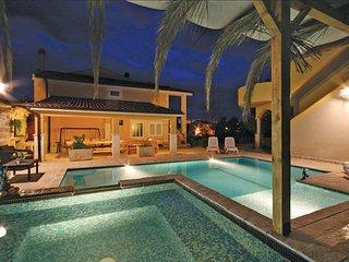4 bedroom Villa in Sibenik-Brodarica, Sibenik, Croatia : ref 2278657 - Brodarica vacation rentals
