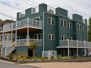 Sundancer has a Spectacular Rooftop Deck with Lake Views and Sleeps 20 - Michigan City vacation rentals