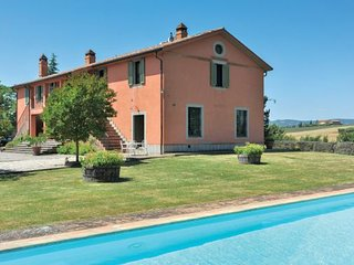 5 bedroom Villa in Todi, Perugia And Surroundings, Italy : ref 2280333 - Collelungo vacation rentals
