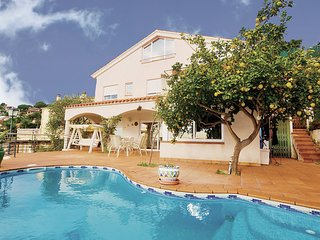 4 bedroom Villa in Santa Susanna, Costa De Barcelona, Spain : ref 2280663 - Santa Susana vacation rentals