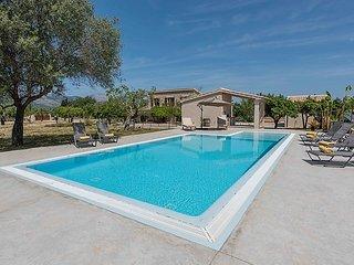 4 bedroom Villa in Selva, Mallorca, Mallorca : ref 2283383 - Selva vacation rentals