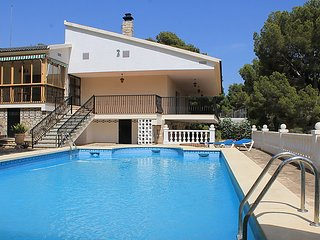 4 bedroom Villa in Benidorm, Costa Blanca, Spain : ref 2283516 - Finestrat vacation rentals