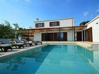 4 bedroom Villa in Sveti Petar u Sumi, Istria, Croatia : ref 2284100 - Sveti Petar u Sumi vacation rentals