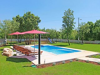 3 bedroom Villa in Pula Krnica, Istria, Croatia : ref 2284312 - Bratulici vacation rentals