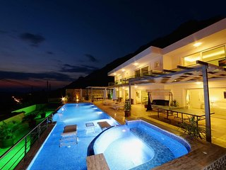 4 bedroom Villa in Kalkan, Mediterranean Coast, Turkey : ref 2291323 - Unye vacation rentals