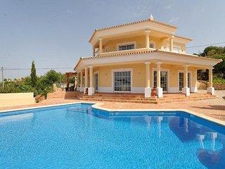 4 bedroom Villa in Loule, Algarve, Portugal : ref 2291332 - Loule vacation rentals