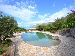 2 bedroom Villa in Maratea, Amalfi Coast Campania, Italy : ref 2291546 - Cersuta vacation rentals