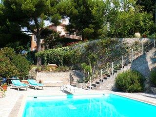 Superbe Bastide avec Piscine/Jardin - 3 chambres - Menton vacation rentals