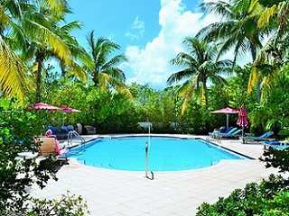 P39 Beautiful 3 bd 2.5 bath Coral Lagoon Townhouse - Marathon vacation rentals