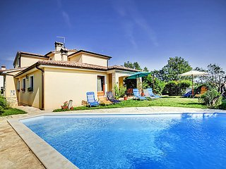 5 bedroom Villa in Medulin Liznjan, Istria, Croatia : ref 2295151 - Liznjan vacation rentals