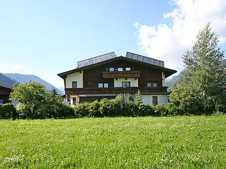 Comfortable 7 bedroom House in Langenfeld - Langenfeld vacation rentals