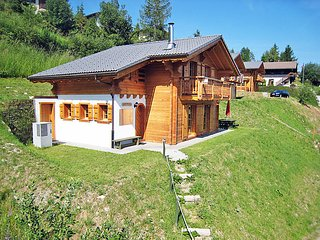 4 bedroom Villa in La Tzoumaz, Valais, Switzerland : ref 2296567 - La Tzoumaz vacation rentals