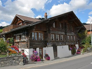 3 bedroom Apartment in Saanenmoser, Bernese Oberland, Switzerland : ref 2297039 - Saanenmöser vacation rentals