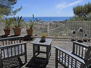 Appartement Terrasse/Jardin -Vue Mer- 5 min Monaco - Roquebrune-Cap-Martin vacation rentals