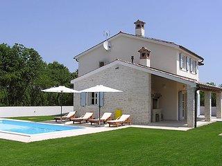 3 bedroom Villa in Pula Krnica, Istria, Croatia : ref 2300651 - Bratulici vacation rentals