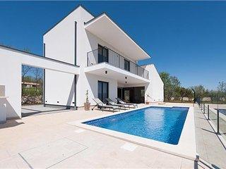 4 bedroom Villa in Marcana, Istria, Croatia : ref 2301475 - Marcana vacation rentals