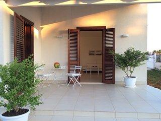 "Villa al mare ""La Perla"" - Petrosino vacation rentals"