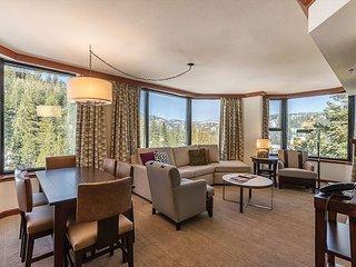 Huge Fall Discounts! 3BR Resort at Squaw Creek Corner Unit Wrap-Around Views - Alpine Meadows vacation rentals