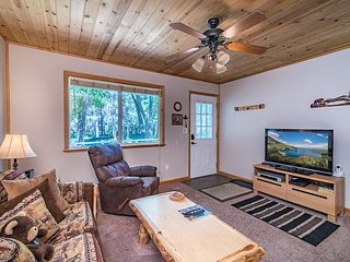 Cub's Den: A 1BR Cabin-Style Condo in South Lake Tahoe – Near Heavenly - South Lake Tahoe vacation rentals