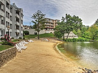 Lakefront 1BR Condo in the Wisconsin Dells w/ Breathtaking Views, Private Beach, Pools & More - Perfect for Families! - Lake Delton vacation rentals