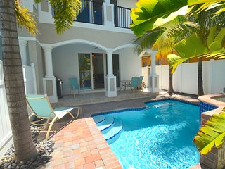 """By The Sea Vacation Villas LLC- """"Vista 37"""" ROOF TERRACE+HTD POOL+1 BLK TO BCH! - Lauderdale by the Sea vacation rentals"""