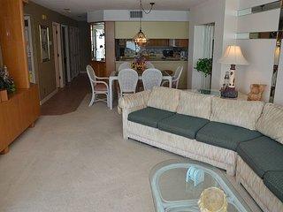 Cozy 2 bedroom Condo in Garden City Beach - Garden City Beach vacation rentals