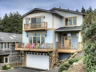 Come enjoy the amazing ocean views and spectacular accommodations. - Lincoln City vacation rentals