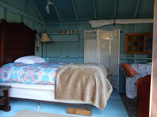 GLAMPING!!! If it is too cold you will be upgraded - Port Dover vacation rentals