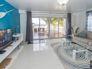 El Zafiro: Aquamarine Suite- Breathtaking views! - Simpson Bay vacation rentals