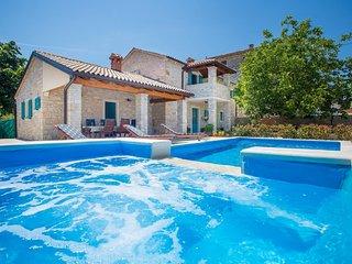 Charming Villa Medvidici - three bedroom villa with private pool near Porec - Marasi vacation rentals