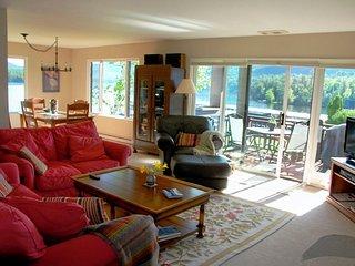 HARBOR CONDOMINIUMS #29 - Lake Placid vacation rentals